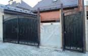 Кованые ворота для дачи