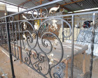 Кованая ограда для кладбища, выполненная на заказ