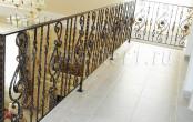 Балкон кованый внутри помещения