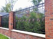 Кованый забор на заказ для загородного дома