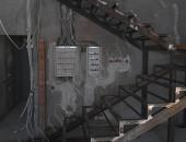 Лестница из металла внутри дома