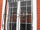 Кованая решетка в жилом доме